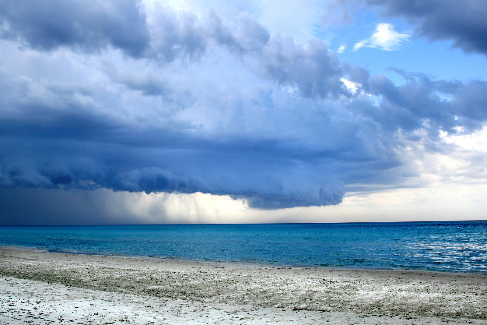 Ocean Sea Weather Clouds Rain Storm Wallpaper 1600x1067