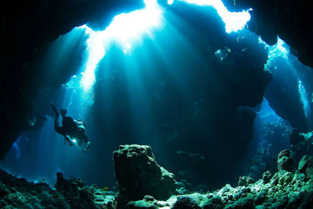 cave diving underwater wallpaper