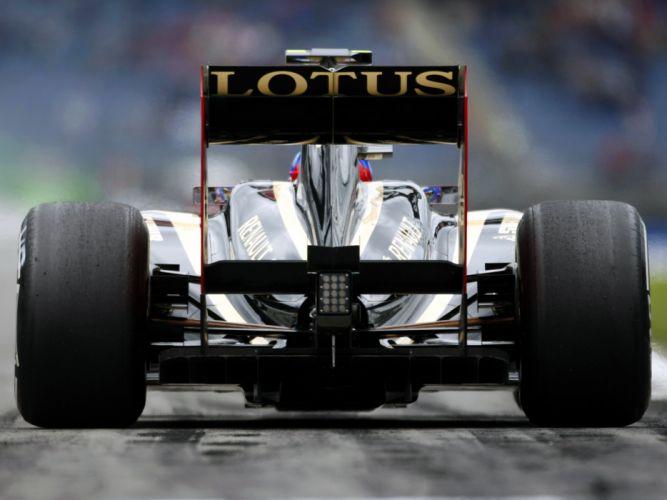 2011 Renault R31 formula-1 formula one f-1 race racing f wallpaper