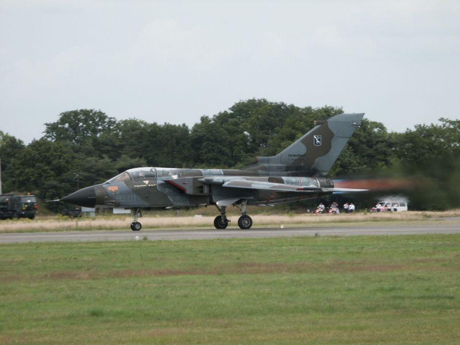 aircraft Tornado wallpaper