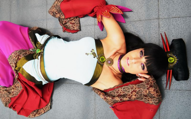 Girl cosplay costume jewelery lies wallpaper
