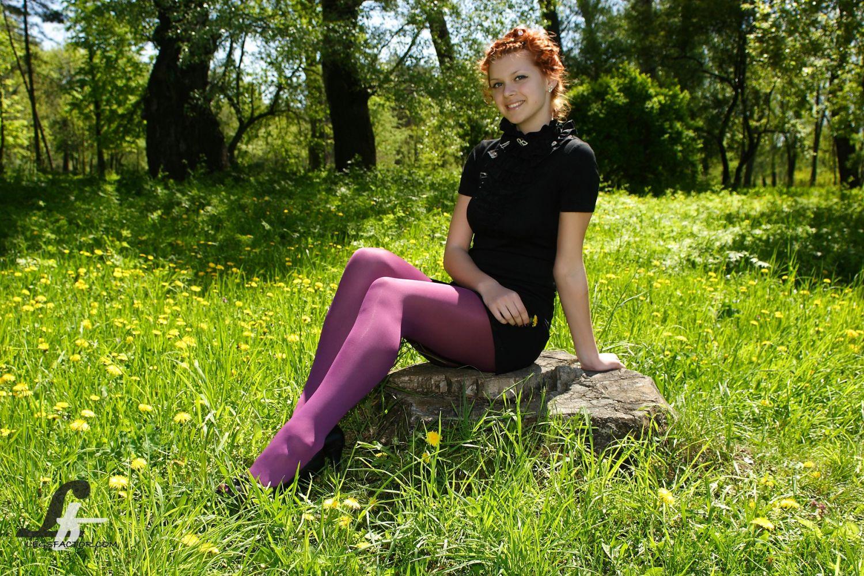 Русских жен пикапят на природе