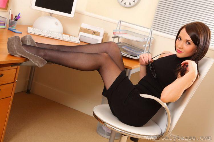 Tamrin Leeanda Legs Pantyhose Secretaries Brown haired Girls wallpaper