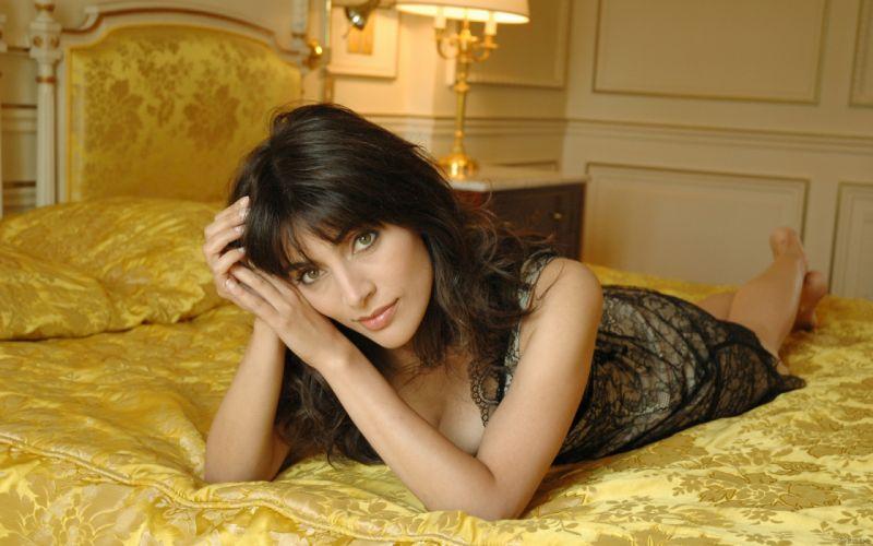 Caterina Murino actress brunette h wallpaper
