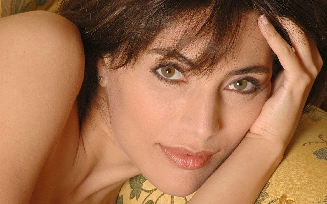Caterina Murino actress brunette  j wallpaper