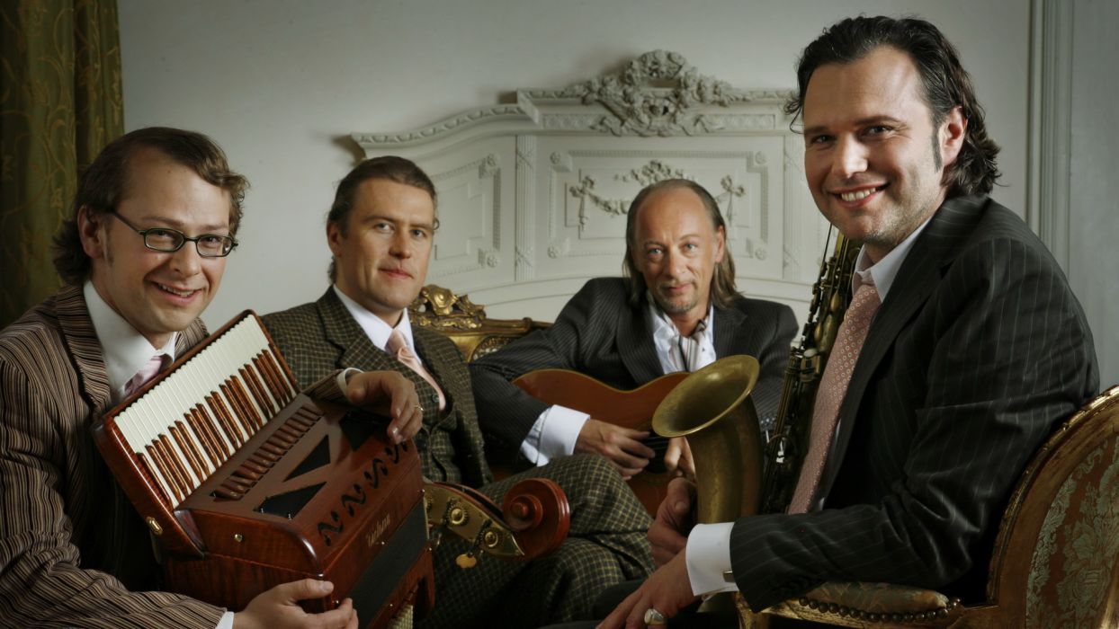 Quadro Nuevo acoustic quartet jazz world    h wallpaper