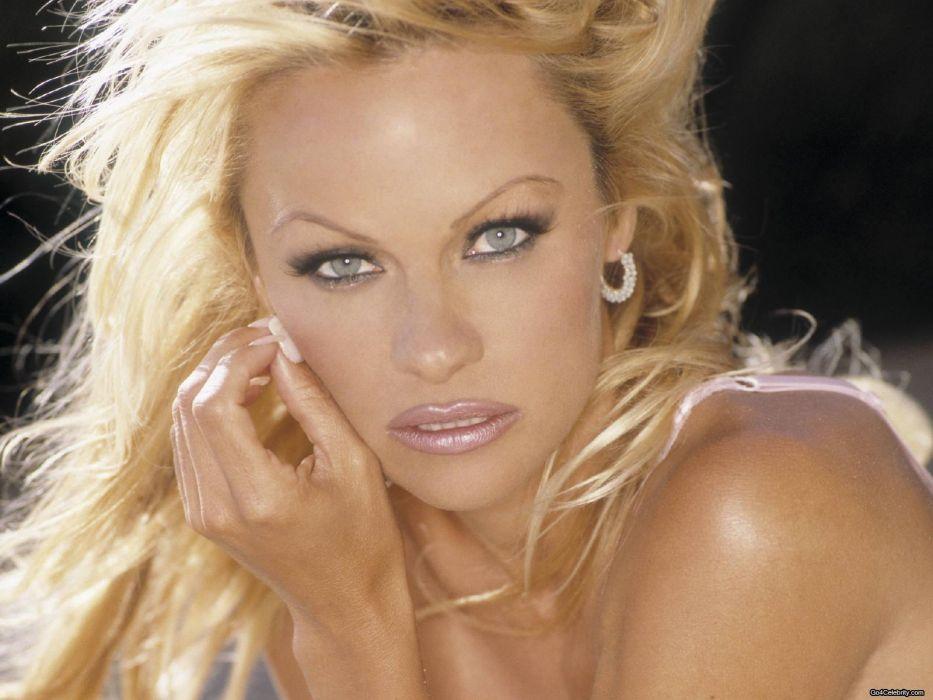 Pamela Anderson pam blonde  b wallpaper