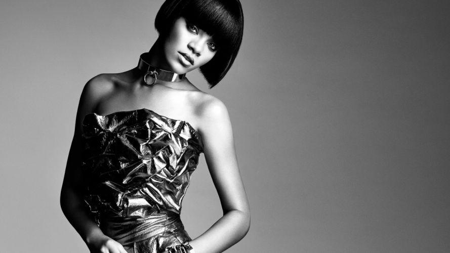Rihanna Brunette wallpaper