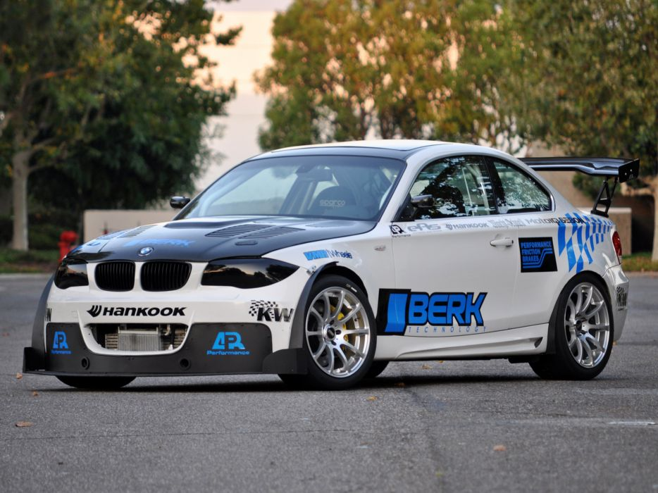 2011 Berk-Technology BMW 135i Coupe E82 tuning   g wallpaper