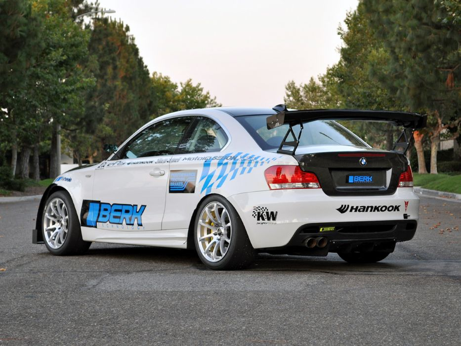 BerkTechnology BMW I Coupe E Tuning Wallpaper - Bmw 135i tune
