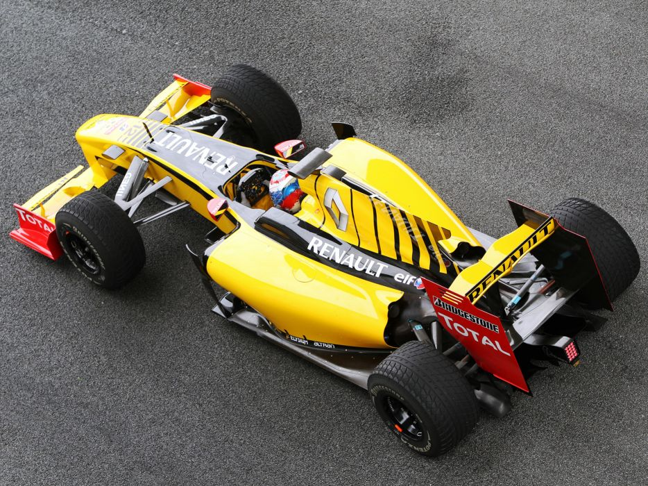2010 Renault R30 formula one formula-1 f-1 race racing   gh wallpaper