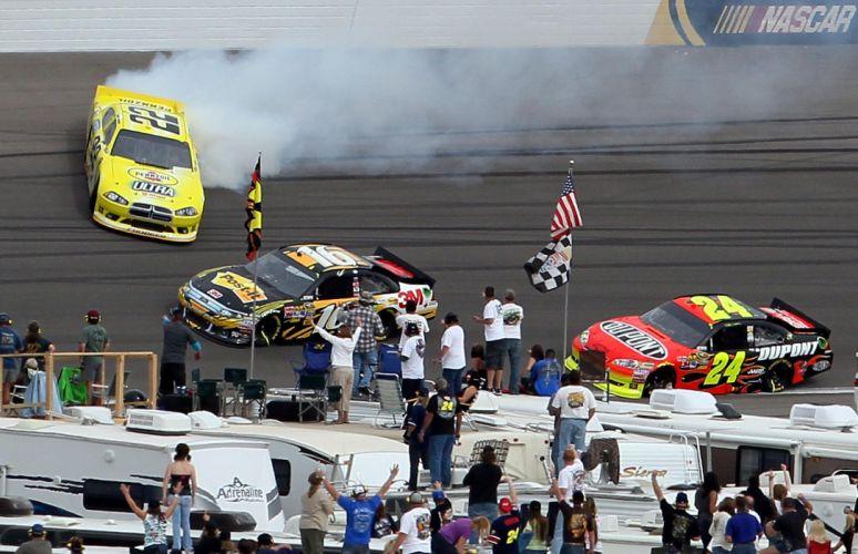 NASCAR race racing dq wallpaper