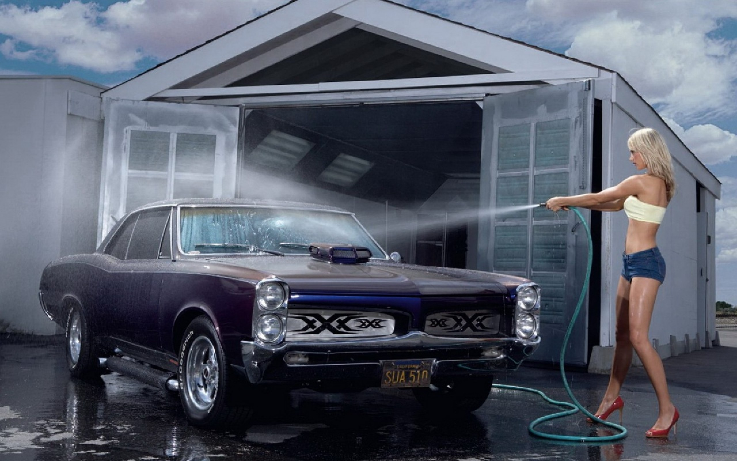 Car wash wallpaper 2560x1600 121986 wallpaperup for Clean car pictures