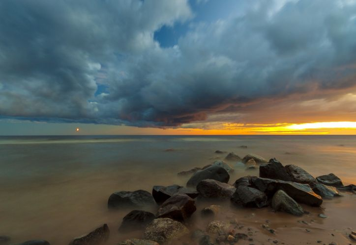 landscape sunset sea rocks clouds wallpaper
