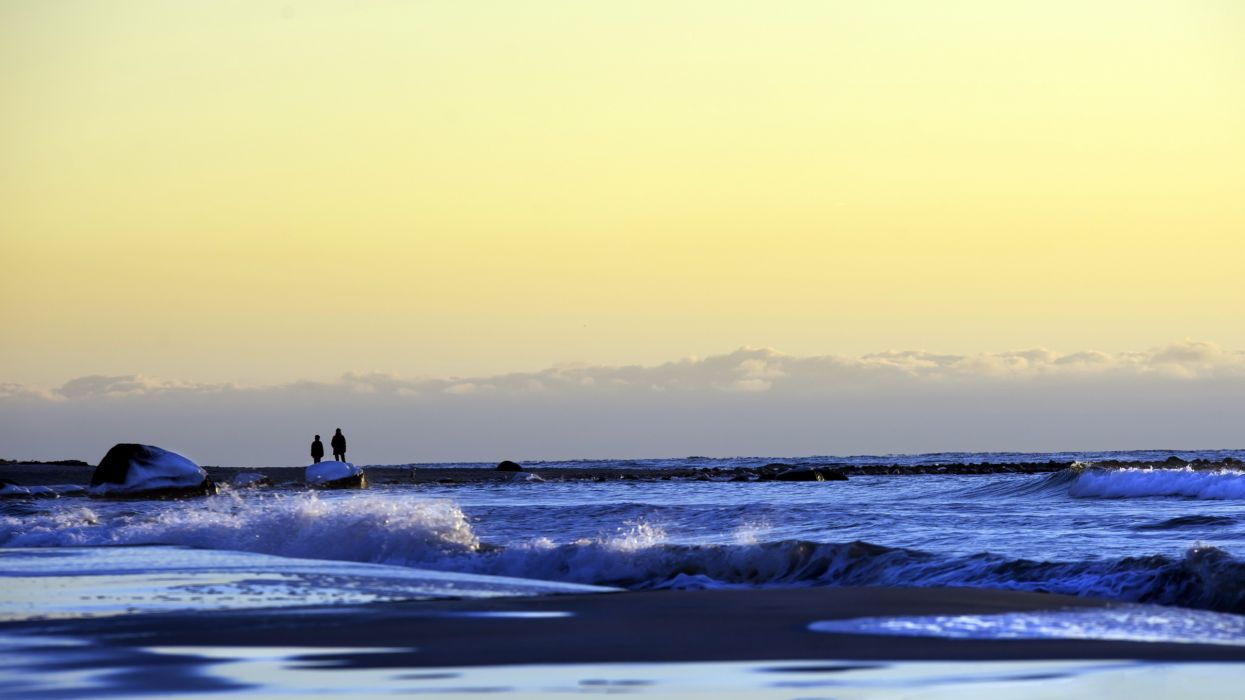 sea aeYaeY sky  landscape mood ocean waves wallpaper