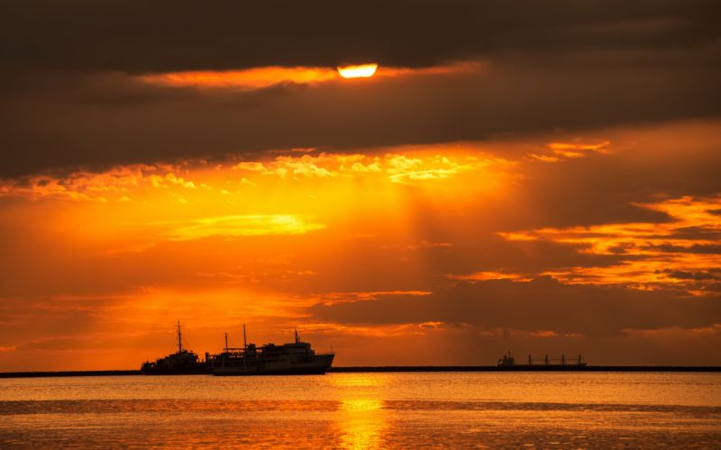 sunset sea ships landscape wallpaper
