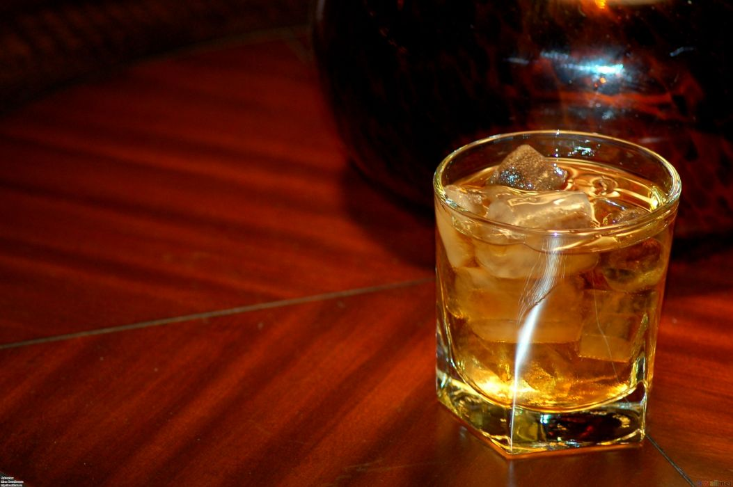 whiskey on the rocks alcohol wallpaper