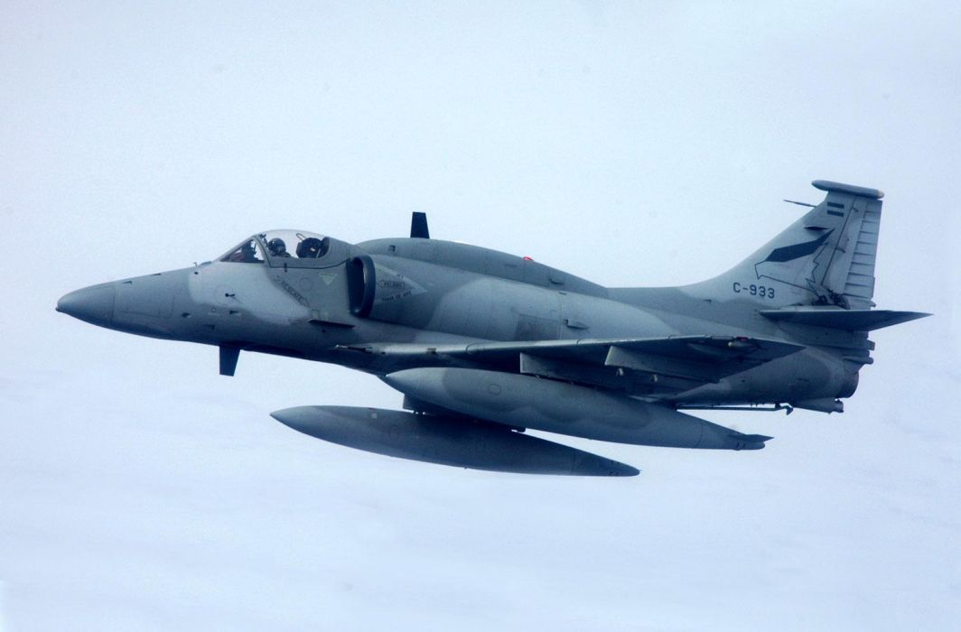 A-4 Skyhawk Fightinghawk argentina air force wallpaper