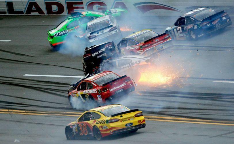 nascar race racing vs wallpaper