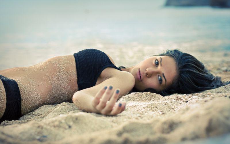 Roslan swimsuit sand look wallpaper