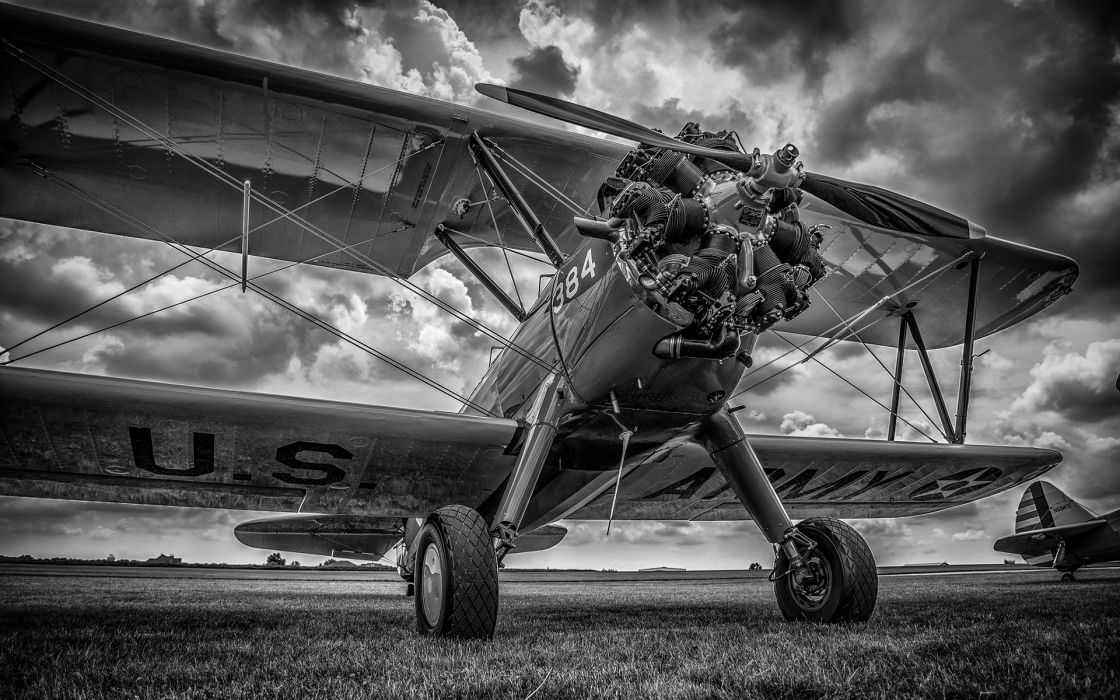 Airplane Plane B-W Propeller HDR military wallpaper