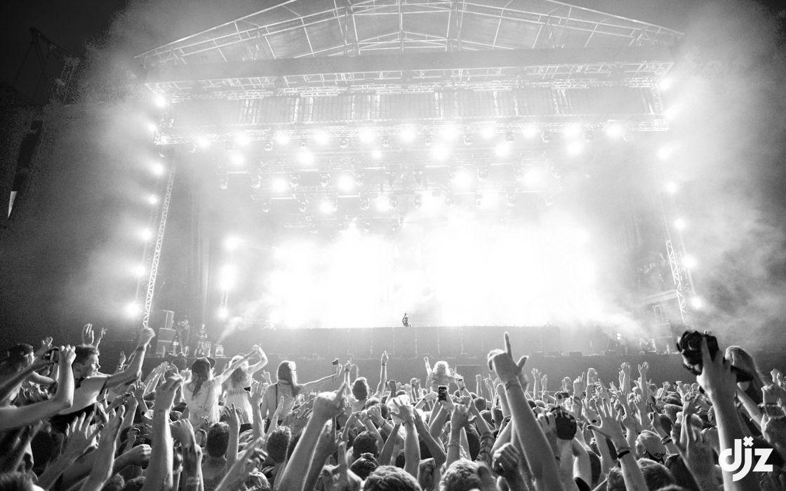 Rave Concert B-W Lights D-J Crowd wallpaper