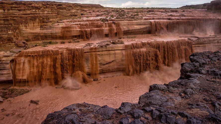 Waterfall Mud desert wallpaper