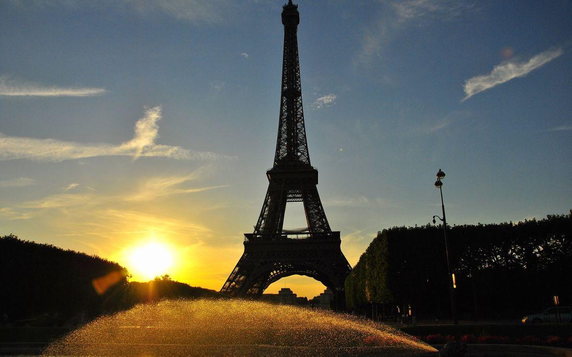 Eiffel Tower Paris wallpaper