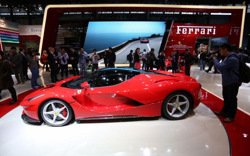 2013 Ferrari LaFerrari supercar f wallpaper