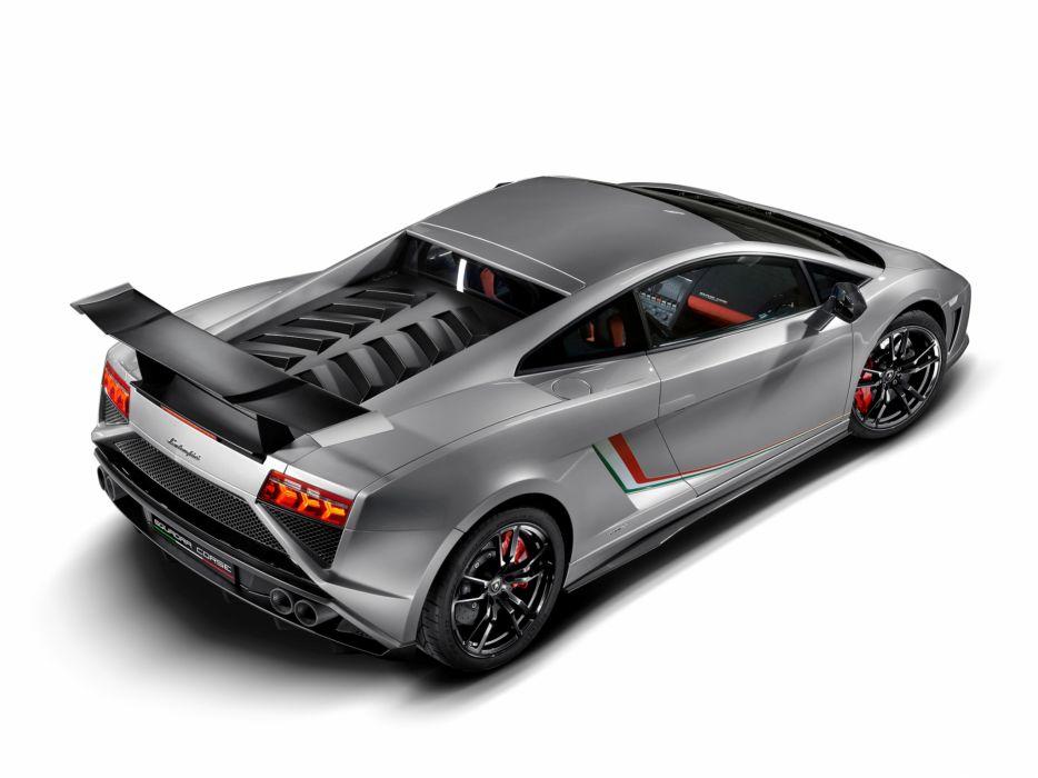 2013 Lamborghini Gallardo LP 570-4 Squadra Corse supercar wallpaper