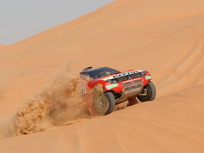 2007 Mitsubishi Pajero Montero Evolution MPR13 Dakar race racing suv offroad wallpaper