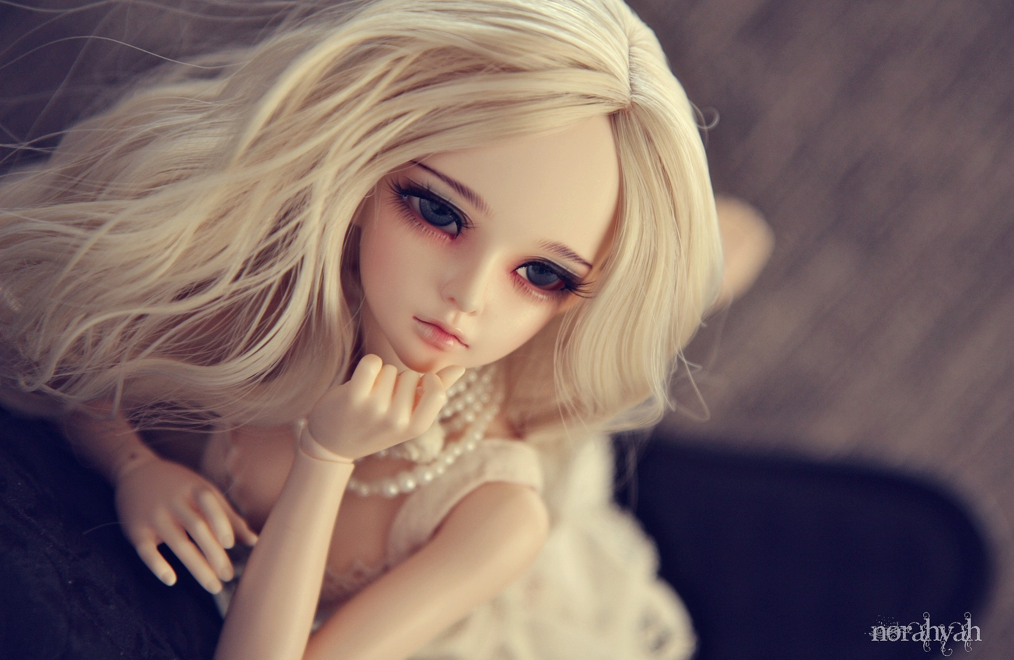 Toys Doll Glance Little Girls Toy Dolls Bokeh F Wallpaper