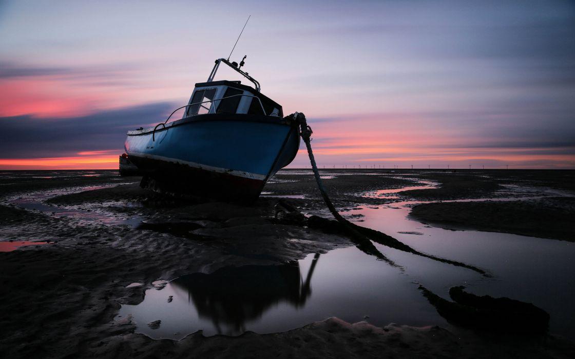 Boat Beached Sunset Abandon Deserted ship mood bokeh reflection wallpaper