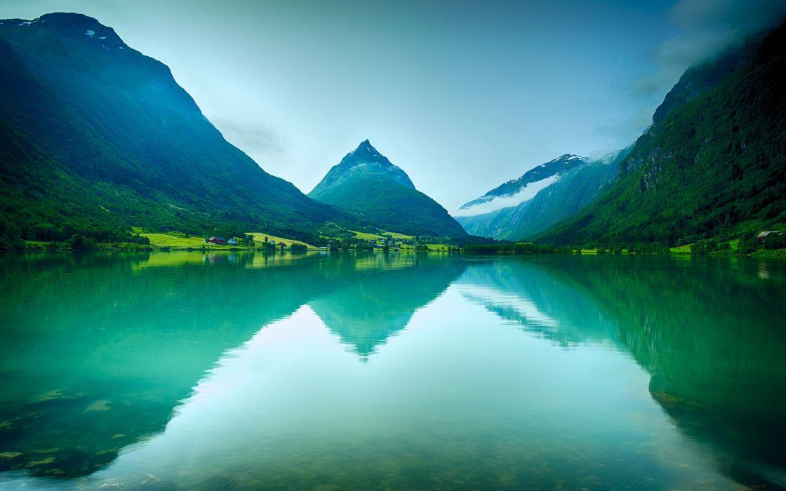 Lake Mountains reflection wallpaper