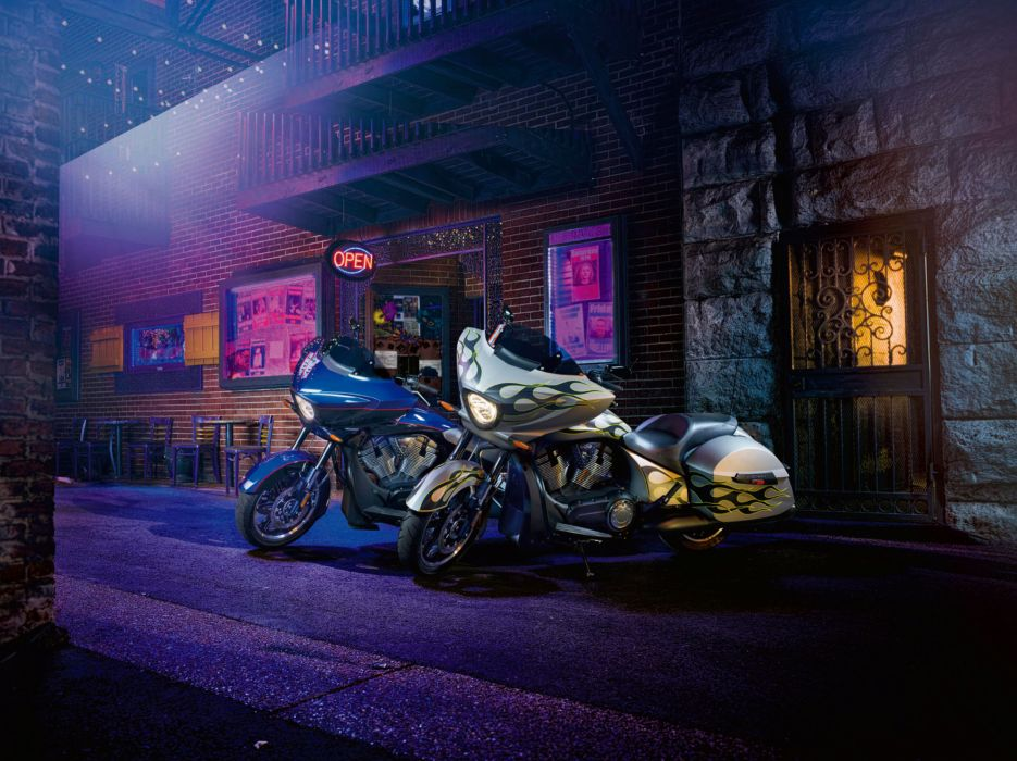 2014 Victory Cross Country Factory Custom motorbike wallpaper