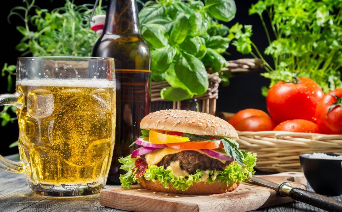 burger beer tomatoes glass green wallpaper