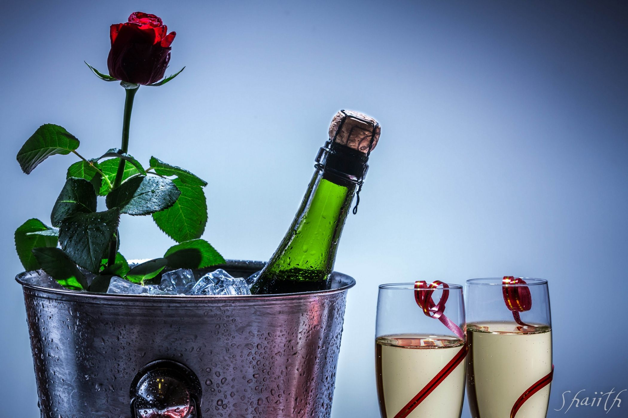 Лучшие картинки для женщины цветы шампанское, трехлетием картинка днем