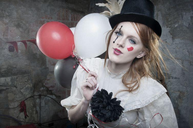 Daley Moore clown balloons cylinder make-up wallpaper