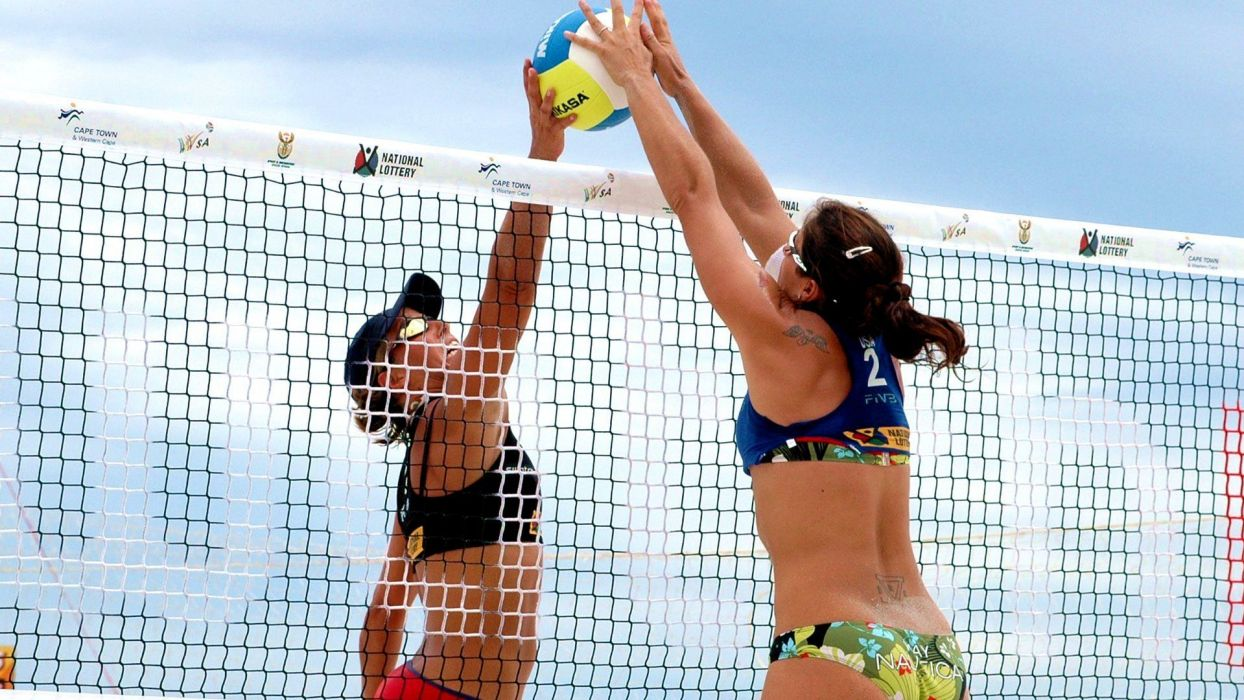 BEACH VOLLEYBALL USA PLAYER MISTY MAY TREANOR wallpaper