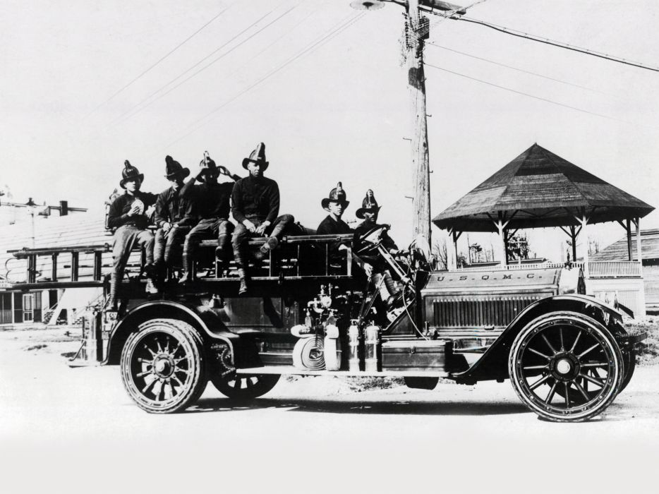 1915 American LaFrance Type-75 Firetruck retro    f wallpaper
