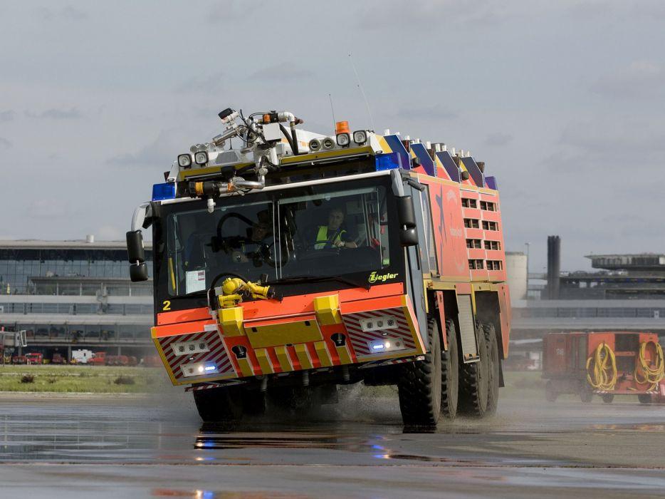 2007 Ziegler Z-8 Airport Feuerwehr firetruck 8x8 wallpaper