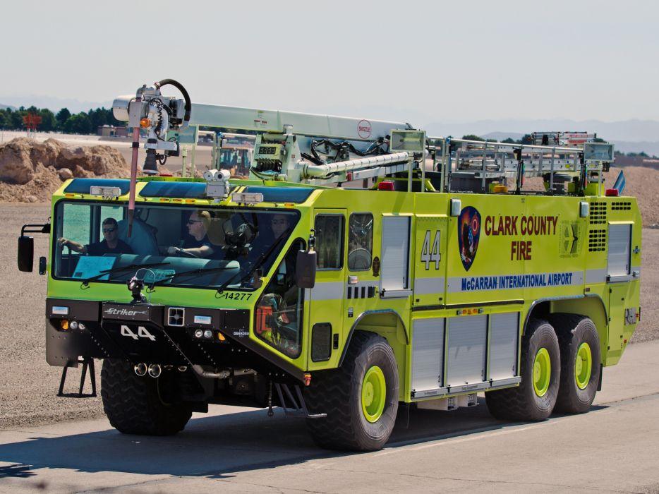 Oshkosh Striker 3000 ARFF firetruck   fi wallpaper
