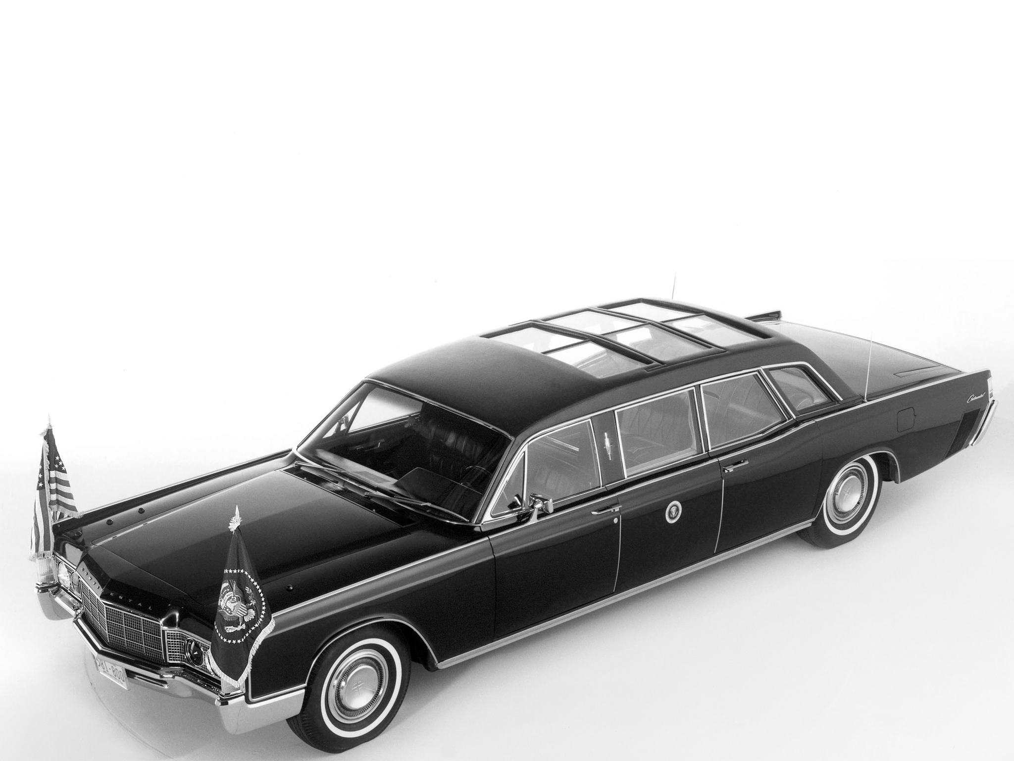 1969 Armored Lincoln Continental Presidential Limousine