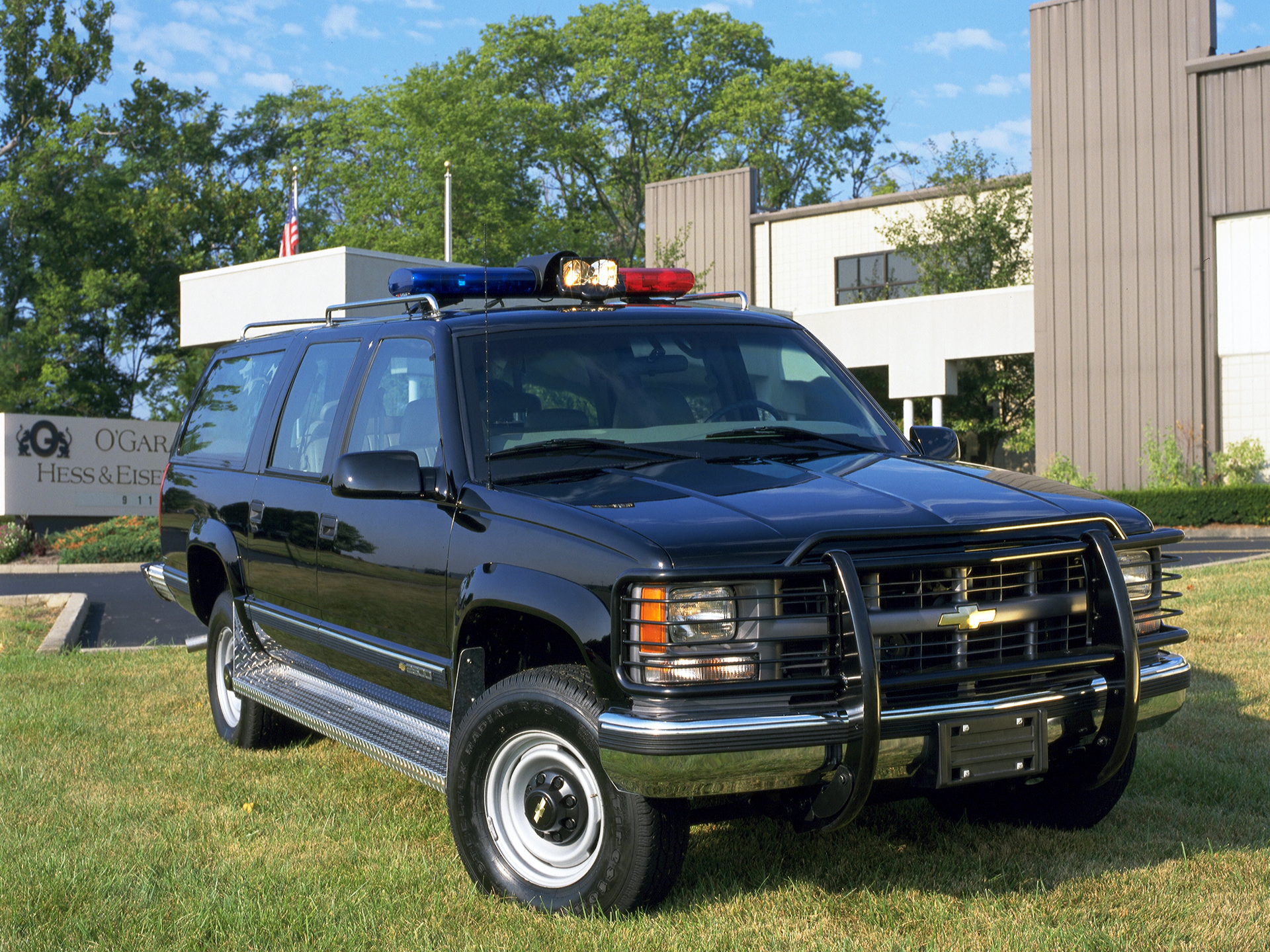 Armored Vehicles For Sale >> 1992 Armored Chevrolet Suburban K2500 O-Gara-Hess Eisenhardt GMT400 4x4 police wallpaper ...