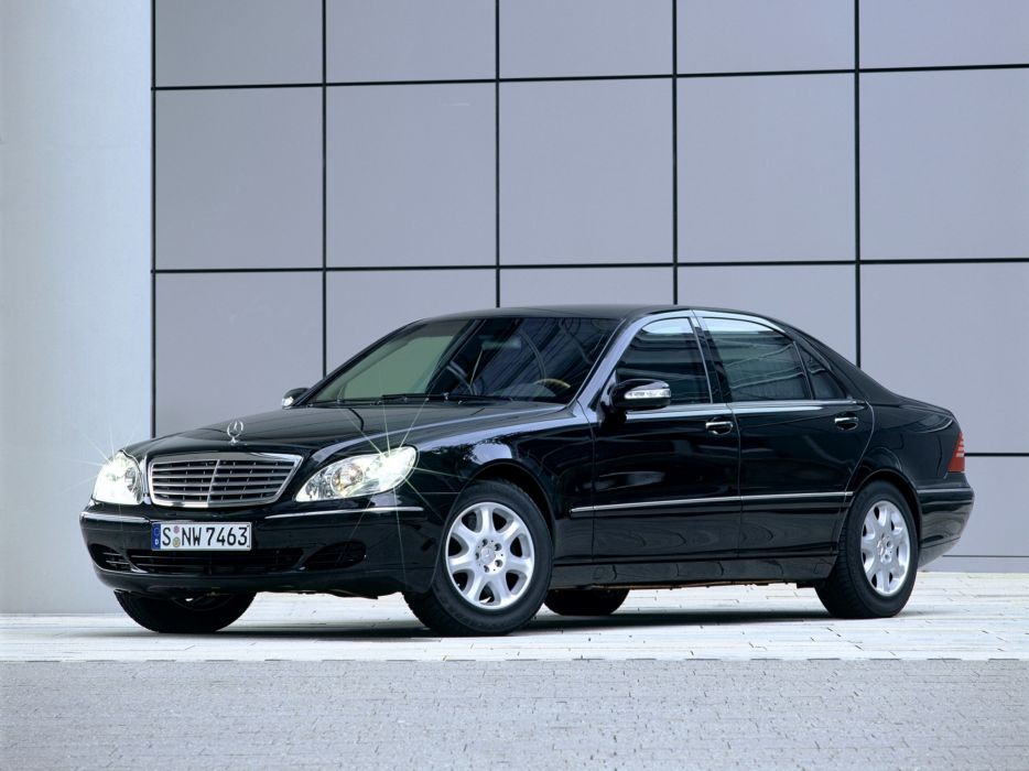 2002 Armored Mercedes Benz S-Klasse Guard W220 luxury wallpaper