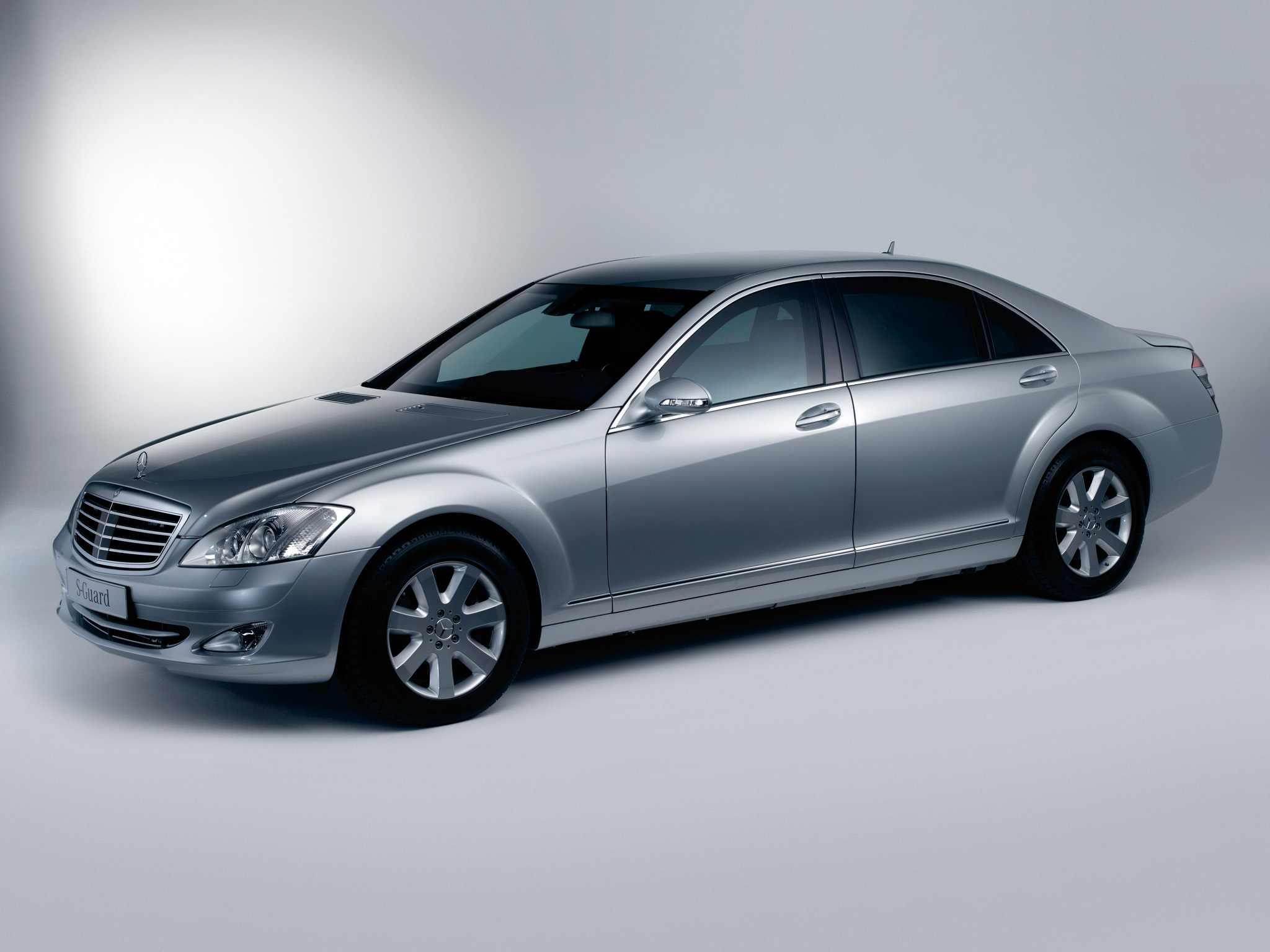 2007 armored mercedes benz s 600 guard w221 luxury h for Mercedes benz guard