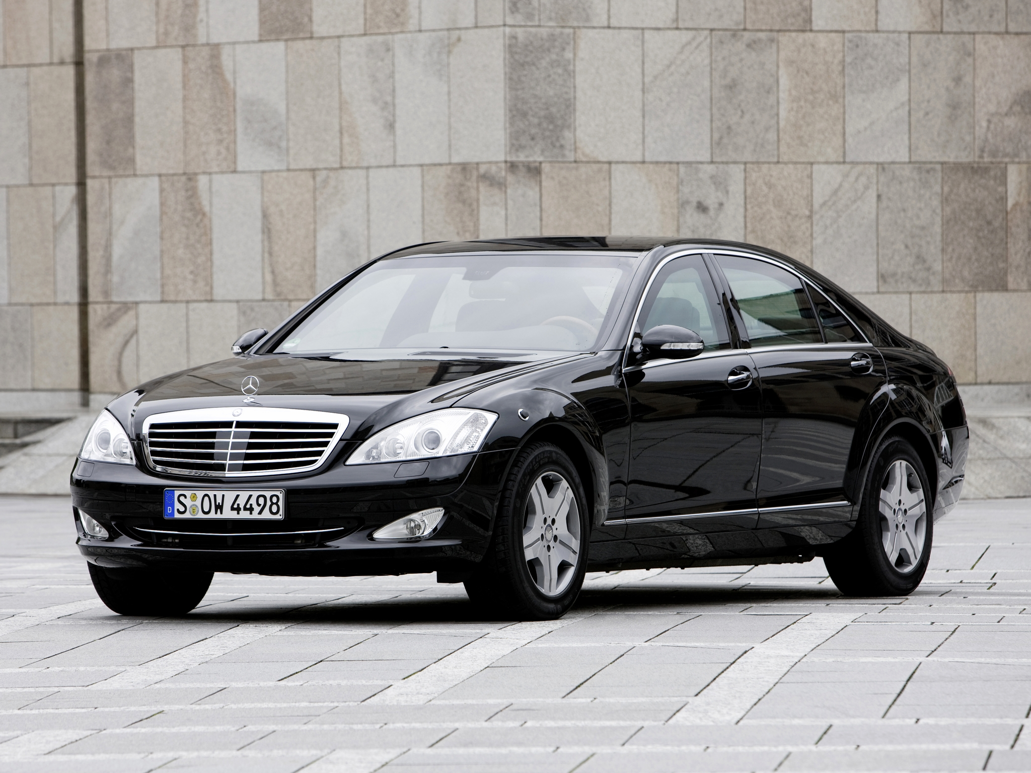 2007 armored mercedes benz s 600 guard w221 luxury for Mercedes benz armored