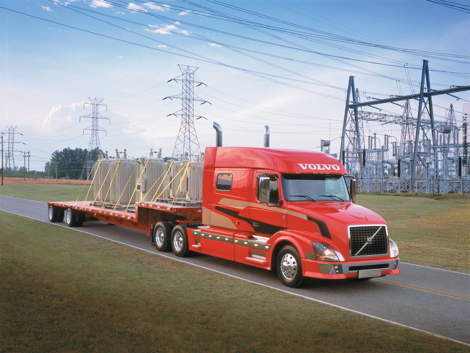2002 volvo vnl 730 semi tractor wallpaper 1600x1200 130814 wallpaperup - Volvo vnl wallpaper ...