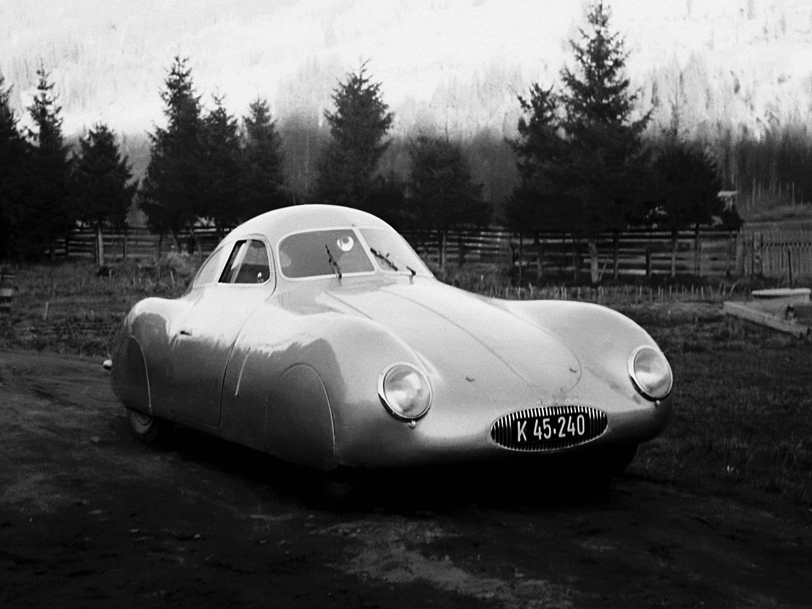 1939 Porsche Type 64 Retro Supercar F Wallpaper