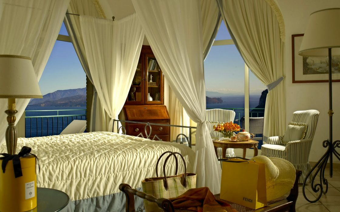 hotel room bed canopy table chairs lamps interior design wallpaper